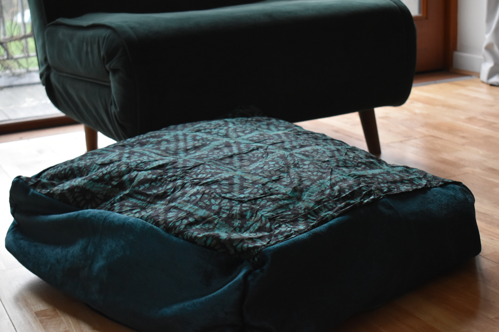Large adire floor cushion - Forest green