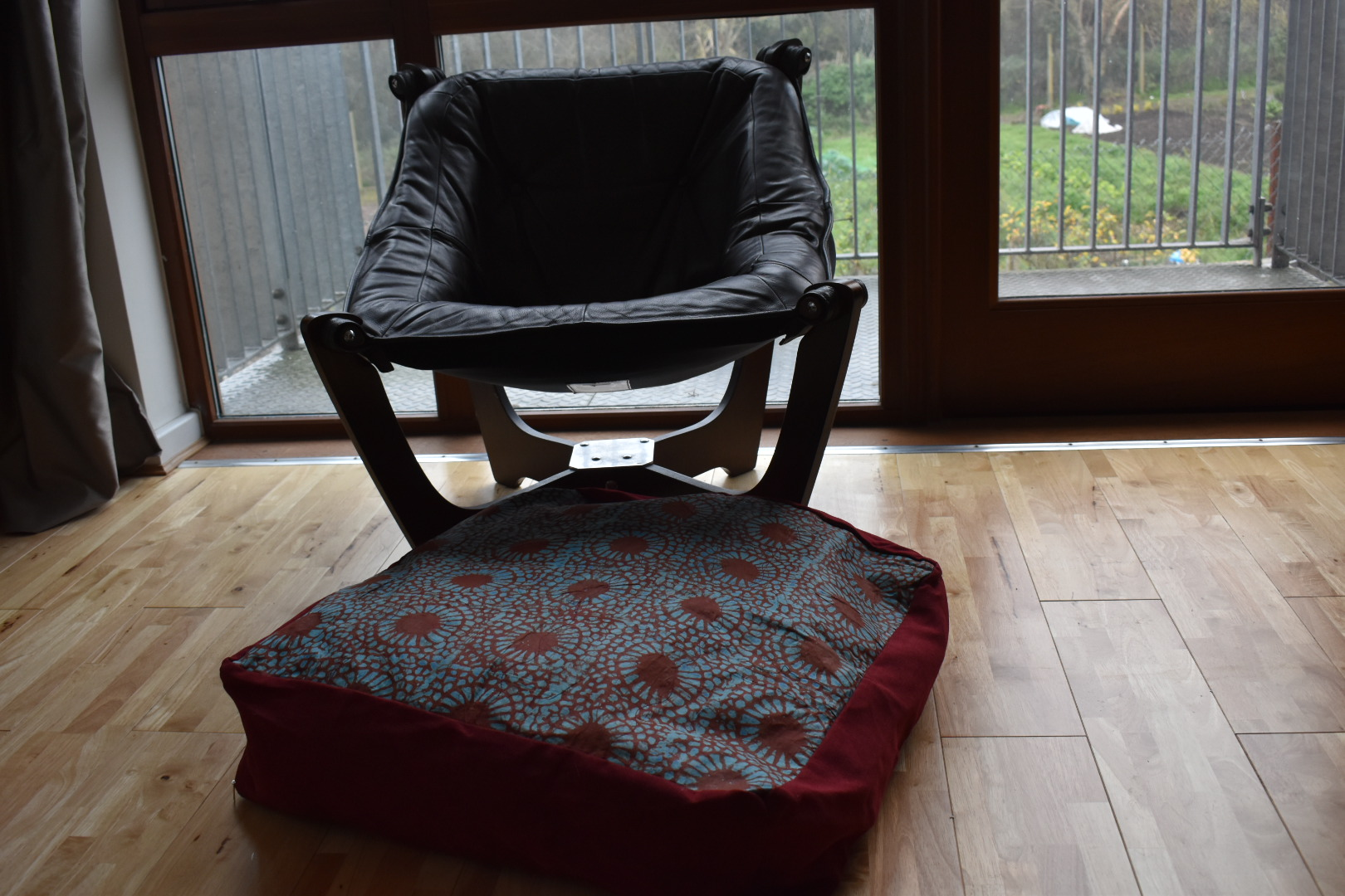 Large adire floor cushion - Ruby red mix